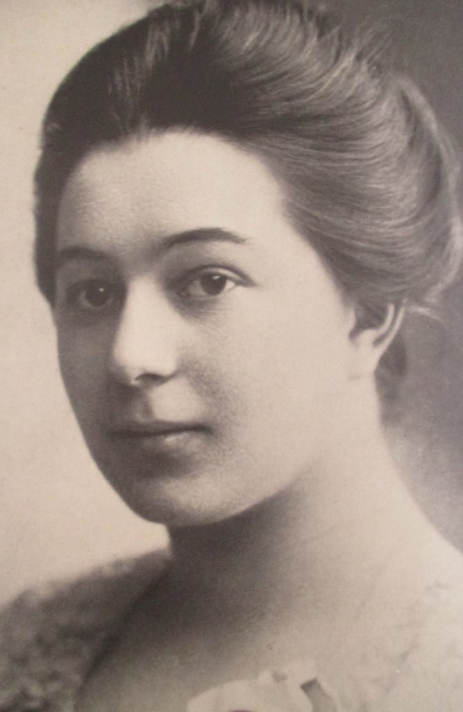 wildoneforever.com, wildoneforever, wildone forever, Famous Women Painters That Changed The Art World, Feminism, Lifestyle